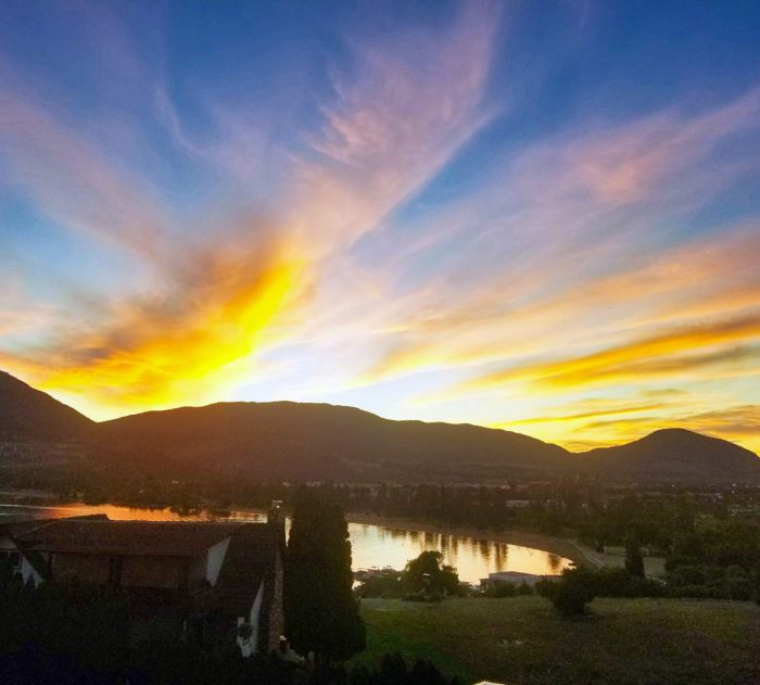 sunset-over-skaha-lake
